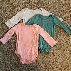 Carter's bodysuit set